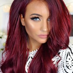 Fire red hair color perfect in accordance with engine colour . Long Hairstyles, Pretty Hairstyles, Vibrant Red Hair, Magenta Hair Colors, Hair Colour, Cherry Red Hair, Red Hair Blue Eyes, Colorful Hair, New Hair Colors