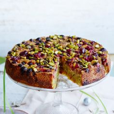 Pistachio and almond cake with cranberries - Sainsbury's Magazine