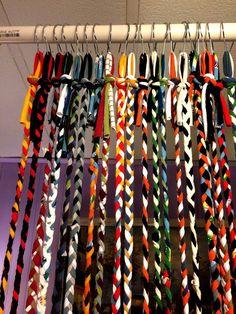 Hippie Curtains, Beaded Curtains, Dollar Store Crafts, Dollar Stores, Hobbies And Crafts, Diy And Crafts, Doorway Curtain, Closet Curtains, Painted Sticks
