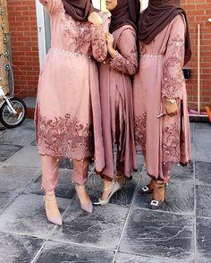 Resembles Dresses