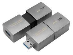 2TB USBメモリ Kingston USBフラッシュドライブ