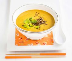 Lentil and sweet potatoe soup/Linssi-bataattikeitto Vegetarian Recepies, Potato Soup, Lentils, Cheeseburger Chowder, Thai Red Curry, Soup Recipes, Ethnic Recipes, Sweet, Anna