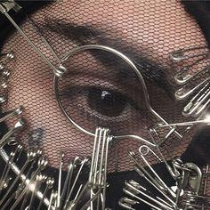 "PHIL LA NOIRAUDE on Instagram: ""keep the distance. it's sad sad times. . . . . . . . . . . . . . . . . . . . . #makeup #makeupartist #makeupart #phillanoiraude #closeup…"" Shellac, Gel Nails, Manicure, Nail Artist, Swag Nails, Makeup Art, Gel Polish, Close Up, Nail Designs"