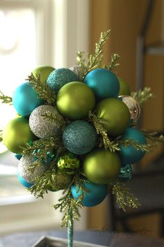 Beautiful ornament topiary: DIY by SouthernScraps Happenings