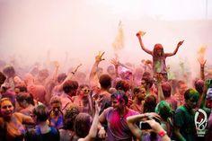Colors, Music & a lot of Fun! Das erwartet euch auf dem Holi-Festival 2013: http://blog.timply.com/abenteuer/holi-festival-2013/  #holi #festival #germany