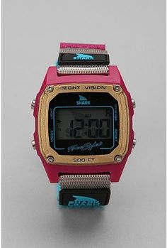Say whaaaaaaat!? I looooooved my white Shark watch with the pink strap! I even brought it in the shower with me lol