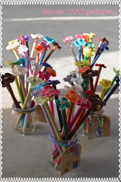 flower on a pencil, free pattern**so cute!!!**