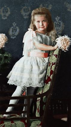 The Romanovs: GD Anastasia Nikolaevna of Russia, 1906
