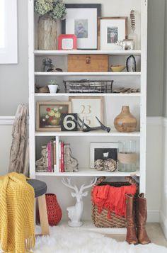 Using baskets on bookshelves
