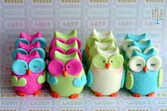 Owls cake toppers. Sugar High,Inc