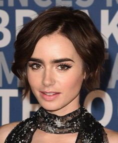 Lily Collins at the 2016 Breakthrough Prize Ceremony in Straight Eyebrows, Bold Eyebrows, How To Grow Eyebrows, Natural Eyebrows, Eyebrows On Fleek, Perfect Eyebrows, Shape Eyebrows, Lily Collins Eyebrows, Celebrity Short Haircuts