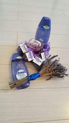 SCHAUMA NATURE MOMENTS Provence Herbs & Lavender: intr-un cuvant WOW. Cel mai bun sampon, cu esente de origine 100% naturala si testat dermatologic. Curata foarte bine parul si ii reda volumul.  Multumesc BUZZStore si Schwarzkopf  #buzzschauma #naturemoments