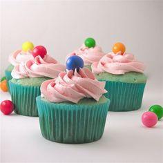Bubble gum cupcakes!!! summer-ideas