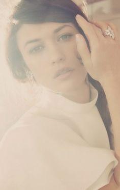 Olga Kurylenko ♥ as Selena. That big rock and earrings make me want to cry!
