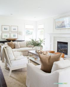 2019 Fall Home Tour / Gorgeous and cozy living area with Pottery Barn sofas, fireplace, greenery, and fall decor. Cozy Living, Living Area, Living Room Decor, Living Rooms, Cottage Living, Coastal Cottage, Coastal Living, Lake Cottage, Modern Coastal