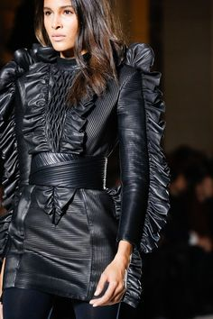 See every detail from the Balmain Fall 2018 collection.