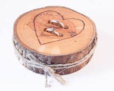 Porteur oreiller anneau rustique, tranche de bois mariage, boîte de bague rustique, décoration de mariage de bouleau, décoration de mariage bois, alternative d'oreiller anneau,