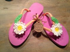 Flip flops by Happy FeetK Knitting $ 22dlls