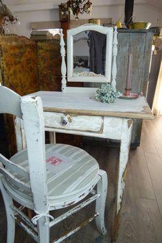 アンティークドレッサーテーブル French antique dresser table