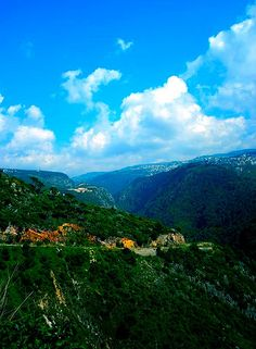 LEBANON, THE ROAD TO JEITA GROTTO