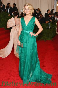 Dianna Agron in a gorgeous emerald green Carolina Herrera gown at The Met  Costume Institute Gala 2012 2c170bede