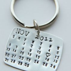Calendar Keychain Silver, Calendar Key Chain, Valentines Gift For Him, Wedding Favors, Save The Date, Special Day-  Anniversary, wedding Men
