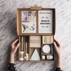 I 5 kit che tutte le diy addicted dovrebbero ricevere sotto l'albero! Food Packaging Design, Packaging Design Inspiration, Gift Packaging, Product Packaging, Cadeau Client, Ideias Diy, Diy Kits, Gift Wrapping, Blog