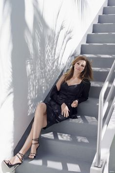Julia Roberts. Beauty that spans for decades.