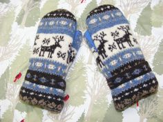 Deer in a Beautiful Nordic Pattern! - Ladies Size Medium - All Wool and Lined With Soft Blizzard Fleece. by JustThatGood on Etsy