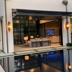 The 'Convertible Glass Door'. Designed by Platinum Homes. Located in University Park, Texas, USA. Video by Trey Singleton. #architectureoskar