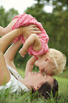 Love love love these, especially the time lapse photos: Mother Daughter Photo Ideas