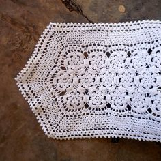 Fine Crochet Table Runner Vintage Crochet Table by CostaSul, €15.50