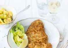 Vienne est la seule ville au monde à avoir donné son nom à une gastronomie spécifique, la Wiener Küche. La recette de l'escalope panée à la...