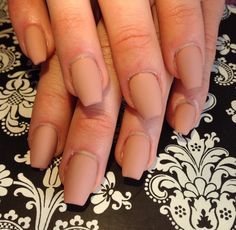 Short coffin nude nails