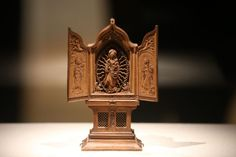 Miniature altarpiece, Virgin of the Rosary with Saints, Barbara and Catherine, 1510-1530, from the collection of the Rijksmuseum in Amsterdam. The AGO's lead role on miniature boxwood carving research lead it to be allied with some of the world's leading museums.