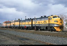 Net Photo: DRGW 5771 Denver & Rio Grande Western Railroad EMD at Grand Junction, Colorado by Charles Stookey N Scale Trains, Railroad Photography, Covered Wagon, Train Pictures, Diesel Locomotive, Train Tracks, Airports, Rio Grande, Diesel Engine