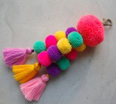 Luisa Tassle Keychain Large Pom Pom Tassel Keychain Tassel Zipper Pull BOHO Chic Bag Charm Beach Bag Summer Festival Unique Gifts For Her Craft Stick Crafts, Diy And Crafts, Crafts For Kids, Tassle Keychain, Keychains, Pom Pom Crafts, Crochet Patterns For Beginners, Bag Accessories, Tassels