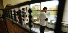 Gov. evaluating refugee process in Utah | KSL.com