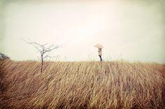 O tempo é lento demais para os que esperam...  Rápido demais para os que temem...  Longo demais para os que sofrem...  Curto demais para os que celebram...  Mas para os que amam,  o tempo é eterno.    (Henry Van Dyke)