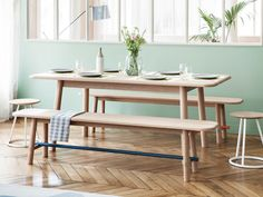 French design brand HARTÔ unveiled two new designs by Pierre Dubourg, one being the Hélène table and the other being the matching Hector bench.