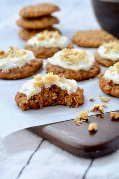 Sweet Desserts, No Bake Desserts, Sweet Recipes, Baking Recipes, Snack Recipes, Carrot Cake Cookies, Sweet Bakery, Sweet Pastries, Dessert Decoration