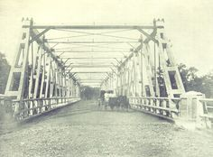 Read about the official opening of the bridge in November 1895 - Picture of Hampden Bridge in Wagga Wagga in 1895 Historical Pictures, Ghost Towns, South Wales, World History, Colonial, Fun Stuff, Bridge, The Past, Fair Grounds