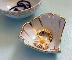 Gold confetti dish tutorial.