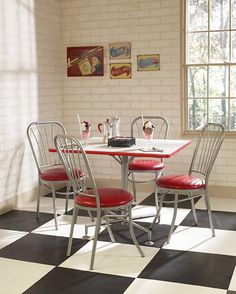 Bar Stools And Dinettes Are The Essence Of A Retro Kitchen Smalldinettesetsorg