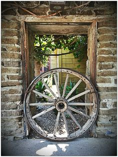 Old carriage wheel @ Knotts Berry Farm, located in Ghost Town between the Calico Saloon and Western Trails Museum on the Main St side Knotts Berry, Weapon Storage, Wagon Wheels, Buena Park, Old Wagons, Wooden Wheel, Farm Fun, Covered Wagon, Country Landscaping