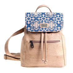 Rucksack «Azulejos» aus Kork von Montado– Kork Online Shop Schweiz Fashion Backpack, Backpacks, Bags, Tiles, Small Backpack, Personal Style, Pocket Wallet, Leather, Handbags