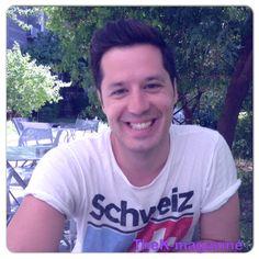 Adam Tsarouhis #singer #interview #actor http://www.k-mag.gr/%CE%B1%CE%B4%CE%AC%CE%BC-%CF%84%CF%83%CE%B1%CF%81%CE%BF%CF%8D%CF%87%CE%B7%CF%82-%CE%B5%CE%BD%CE%B1%CF%82-jazz-%CF%84%CF%81%CE%B1%CE%B3%CE%BF%CF%85%CE%B4%CE%B9%CF%83%CF%84%CE%AE%CF%82-%CE%BC%CE%B5/