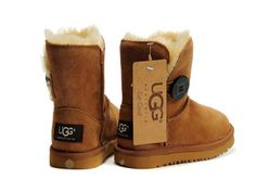 #xmas #gifts #ugg Cheap ugg boots Email:xiaolingye1988@gmail.com Price:$89