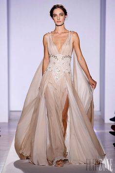 Zuhair Murad - Couture - Official pictures, S/S 2013 - http://en.flip-zone.com/fashion/couture-1/fashion-houses/zuhair-murad-3366 - Long dress with twisted shoulder straps and panels in sand pink silk chiffon belted with pearled lace.