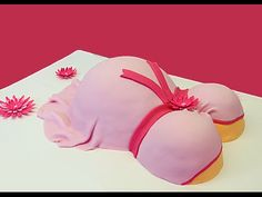 In this video I will teach you how to make a beautiful baby bump/pregnant belly baby shower cake! Thank you for watching! Flower Cutters: http://www.wilton.c...